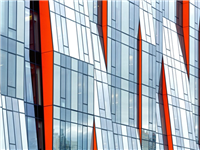 玻璃幕墙的构成部件  钢化玻璃雨棚怎么算出玻璃的开孔位置