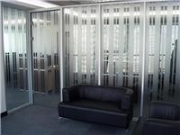 普通平板玻璃有哪几种  彩色玻璃的制造步骤与种类