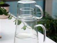 高硼硅玻璃水壶和不锈钢水壶的区别是什么 高硼硅玻璃杯有毒吗