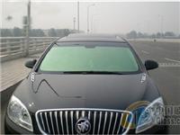 换一块小车前挡风玻璃多少钱  奔驰前挡风玻璃多少钱