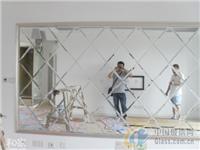 烤漆玻璃做电视背景墙怎么施工  烤漆钢化玻璃背景墙气泡怎么处理
