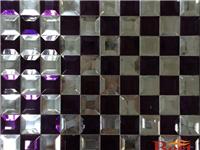 玻璃马赛克(镜面)用什么贴  玻璃马赛克的材料知识