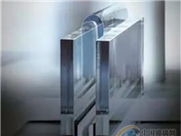 """德国肖特展现其""""下拉法""""技术量产的超薄高铝硅玻璃产品"""