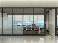 成品玻璃隔断该怎么安装  玻璃隔断可以安装到复合地板上么