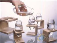消费者态度转变?玻璃将会开始挑战塑料?
