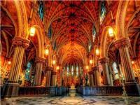 教堂彩色玻璃的工艺作用  玻璃应该怎样做着色处理