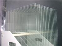 压花玻璃的加工工艺原理  为什么玻璃表面会有白斑