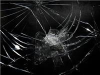 碎玻璃可以怎样回收利用  玻璃是一种可回收垃圾吗