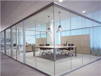 玻璃隔断该如何安装施工  玻璃隔断用哪种玻璃更好