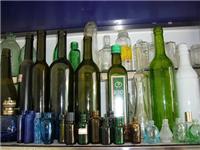 玻璃啤酒瓶是怎么生产的  玻璃酒瓶是怎么做出来的