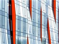 玻璃幕墙定期保养的方法  钢化热弯玻璃有什么特性