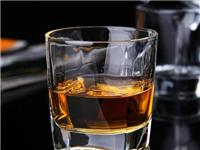 玻璃材质酒杯分类及名称  如何挑选玻璃酒杯更美观
