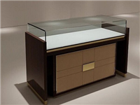 玻璃展柜分成了哪些种类  玻璃展柜建议用什么玻璃