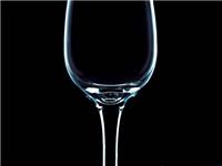 玻璃杯是怎样生产成型的  玻璃杯的选购方法有哪些