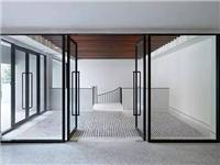 玻璃门施工安装主要过程  玻璃门安装需要哪些配件