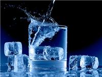 玻璃喝水杯具备哪些优点  玻璃茶具要怎样去除茶垢