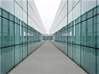 玻璃板的厚度一般是多少  雾化玻璃特点与应用领域