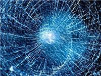 普通玻璃有裂缝怎样修复  前挡玻璃有裂痕怎么修补