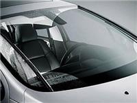 汽车玻璃裂痕的修复手段  前挡风玻璃裂痕能修复吗
