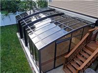 吸热玻璃是指哪种玻璃呢  吸热玻璃有哪些功能特点