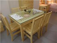 实木餐桌上能不能铺玻璃  家庭餐桌用钢化玻璃好吗