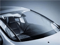 怎样避免挡风玻璃被划伤  汽车玻璃划痕要怎样修复