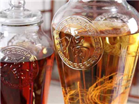 玻璃瓶罐的主要化学成分  怎样选购更耐用的玻璃坛