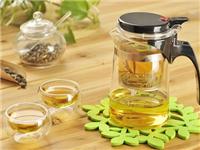 如何分辨玻璃茶具的好坏  用玻璃做茶具有什么好处