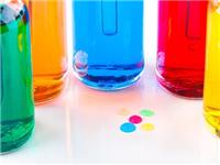玻璃瓶喷涂上色效果提升  玻璃怎样喷油漆不易脱落