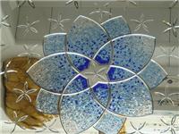 艺术刻花玻璃如何制造的  玻璃表面划痕怎样能修复