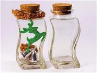 工艺玻璃瓶生产制作流程  玻璃瓶的原料与成型方法