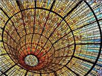 艺术彩绘玻璃的主要特点  该怎么制造艺术彩绘玻璃