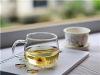 玻璃材质水杯有什么优点  玻璃杯内部有茶垢怎么办