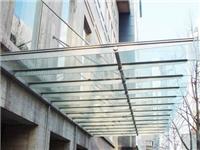 玻璃雨棚价格通常是多少  雨棚玻璃材质要怎么挑选