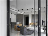 家用玻璃隔断分哪些类型  家用玻璃隔断该如何选材