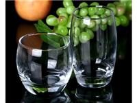 玻璃杯内有异味如何去除  玻璃杯有异味该怎么清除