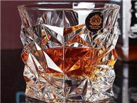 含铅水晶玻璃有什么特点  水晶玻璃马赛克主要特点