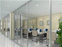 玻璃隔断该如何安装施工  玻璃隔断适合用哪种玻璃