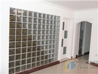 玻璃马赛克用来装饰的效果怎样  玻璃马赛克怎么贴在背景墙上