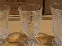 玻璃杯该怎么挑选  玻璃包装材料的优点有哪些