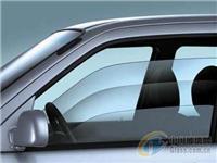 国际汽车零部件集团合作AGC研StreetSmart车门概念 集成玻璃表面作显示器