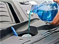 使用自制玻璃水会故障吗  汽车玻璃水有哪些功能呢