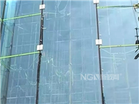 关于单块7.3吨全球较大玻璃幕墙安装成功后的几点思考