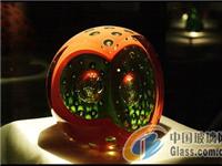什么是玻璃艺术  教堂里彩色玻璃的制作方法