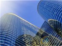 """上海新增供应保障性住房6万套 建立""""玻璃幕墙定期检查信息标识牌""""制度"""