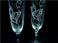 玻璃杯子是怎么做造型的  玻璃杯该按什么标准挑选
