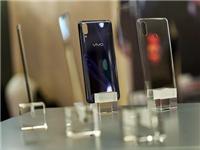 肖特赛绚™ Up.为高端智能手机玻璃保护屏升级