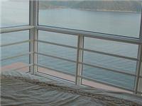 高层住宅双层玻璃怎么洗  中空玻璃可能出现的问题