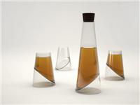 玻璃器皿如何才能洗干净  玻璃器皿该怎么生产加工