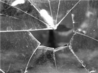 材料科学家利用纳米颗粒让玻璃强度提高5倍